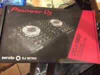 Pioneer DDJ SB2 Controller