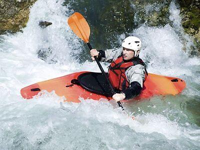 Fahrten im Wildwasser sind anstrengend – machen aber unglaublich viel Spaß. (Foto: Thinkstock)