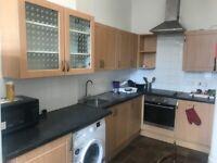 3 double bedroom flat newington area
