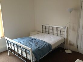 F/F DOUBLE ROOM IN L15 WAVERTREE HOUSE SHARE £300pm NO DEPOSIT!! ALL BILLS + WIFI INCLUDED!!