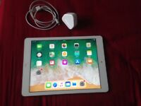 IPad Air 1st gen white 16gb/4g/cellular EE/virgin/BT/plus net,charger/USB cable,screen protector