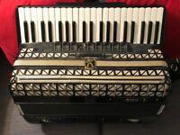Hohner Atlantic III Piano Accordion 120 Bass - used
