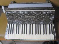 Hohner Verdi III vintage accordion