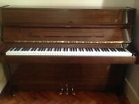 Beautiful kept Waldstein Piano. Tuned every 6 months.
