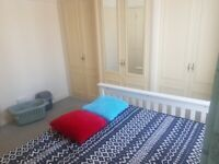 Excellent double room for rent