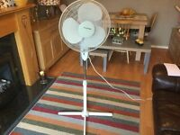 ADJUSTABLE HEIGHT AND AIR FLOW FAN BY LLOYTRON IN SUPER CONDITION.JUST £12 £12