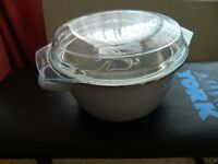 5 litre Chip Pan in Excellent Condition with Basket