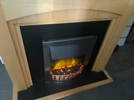 NICE ELECTRIC FIRE WITH FULL SURROUND IN EXCELLENT CONDITION