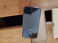 2 x Samsung Galaxy S4 mobiles
