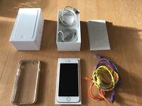 Apple iPhone 6 unlocked white and gold 64gb