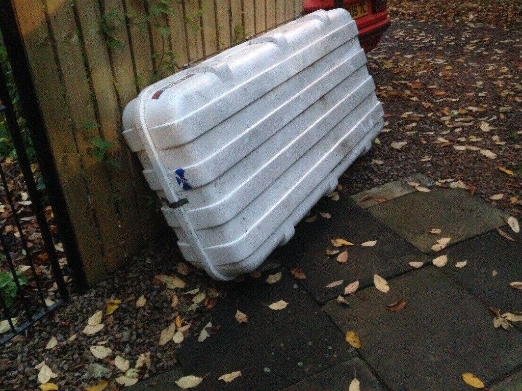 Large plastic roof box