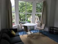2 bedroom flat in Richmond Road, Cardiff, CF24 3AS