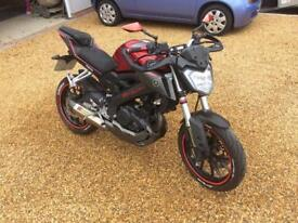 Yamaha MT125 custom