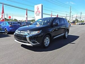 2017 Mitsubishi Outlander ES 4WD for only $212 biweekly all in!