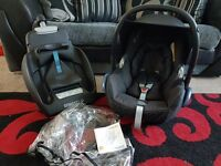 Maix cosi car seat, rain cove and easy fit base