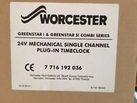Worcester Bosch Single Channel Plug-In Time Clock 7716192036 £45