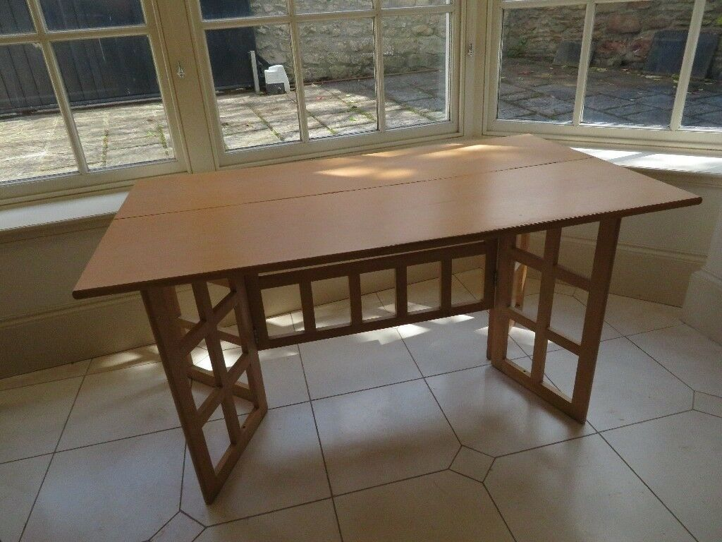 Folding Table / Desk