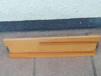 Pine shelf with brackets (Delivery)