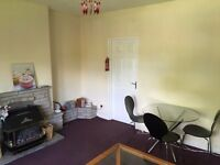 Comfortable double room in hassle free well appointed west end flat suit professional HMO licenced