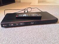 LG BD560 Blu Ray player