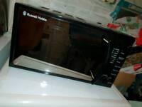 Russel hobs 700W microwave