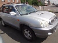 HYUNDAI SANTA FE (MINT CONDITION,LOW PRICE)
