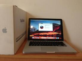 Macbook Pro apple laptop - latest OS - fully working, no issues