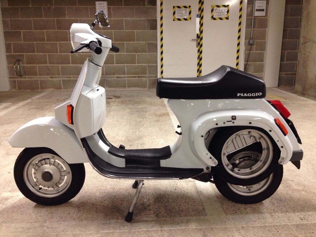 vespa pk50s 1982 with all documets running perfectely in. Black Bedroom Furniture Sets. Home Design Ideas