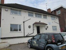 ***FLAT 4**QUINTON***OFF STREET PARKING***EXCELLENT LOCATION***CLOSE TO ALL AMENITIES***MUST VIEW***
