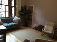 Beautiful Therapy Room to rent near Kelvingrove Park. Easy parking. Ground floor.