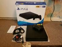 PS4 slim 500GB very clean