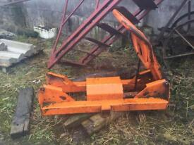 Ritchie bale grab. Euro brackets. Good ram Needs one new arm. Cheap at £425ono