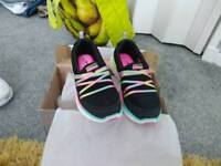 Sketchers size 3 new boxed
