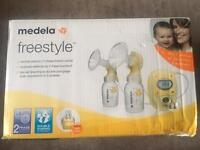 Medela freestyle double electric Breast pump, boxed