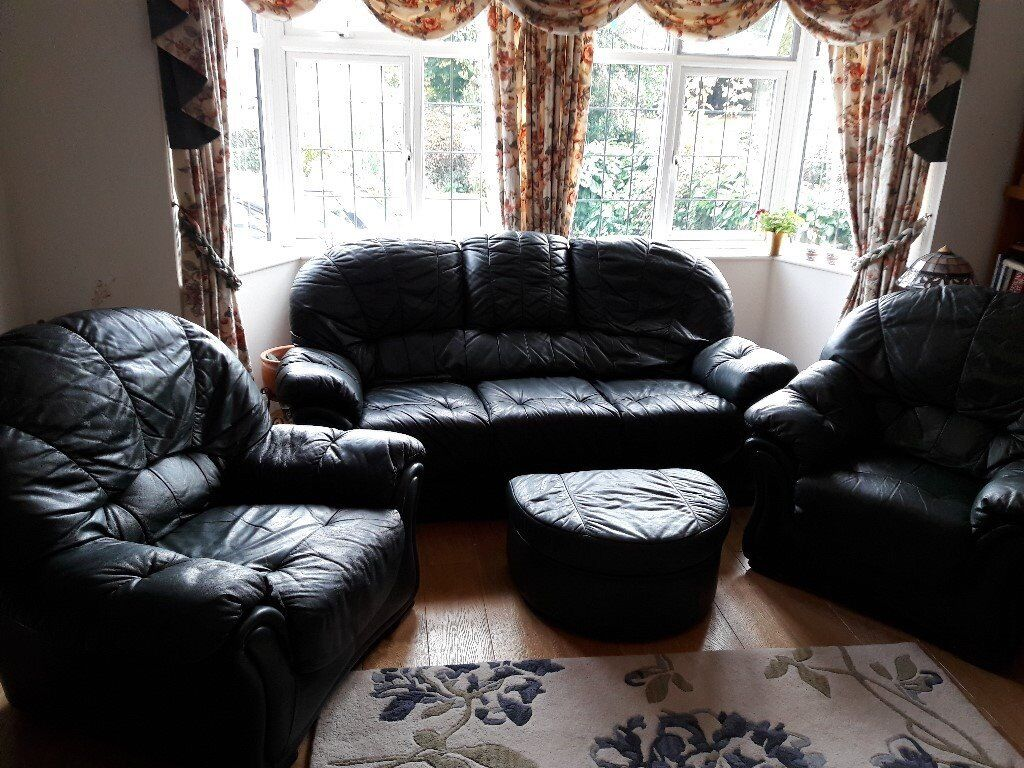 LEATHER LIVING ROOM SUITE - 3 seater sofa, 2 armchairs plus footstool. Very good condition.