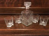 Glass whiskey decanter and 4 tumblers
