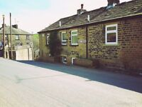 2 Bed Cottage on Bank Terrace Available to Rent in Sowerby Bridge- No Bond Required!!