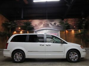 2010 Chrysler Town & Country ** LIMITED!! TOURING!! SWIVEL N GO