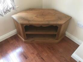 Lovely pine tv / media unit only £30 no offers