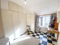 Beautiful room to rent in Streatham. VIRTUAL VIEWINGS AVAILABLE.