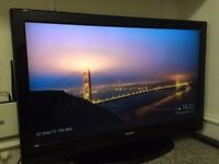 "Sanyo 37"" LCD Full HD TV ** Google Chromecast Included ** and Original Remote"