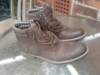 Mens Boots Size 12