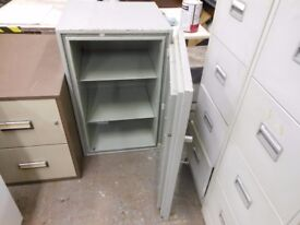 chubb locking fire resistant records cabinet. very heavy. can deliver