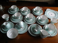 BEAUTIFUL ROYAL TUSCAN VINTAGE CHINA TEA SET.10 PLACE SETTING, EXCELLENT CONDITION