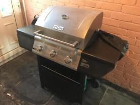 Gas BBQ with gas bottle & cover