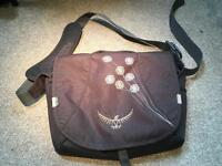 Osprey Mini Flap Jill messenger bag