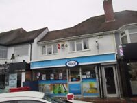 **TWO BEDROOM FLAT** WELL PRESENTED ** FULLY FURNISHED **EXCELLENT LOCATION** **STREETSBROOK ROAD**