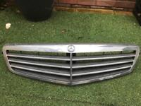 Mercedes c class 2008 front grill £25