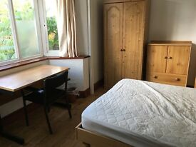 Large double room in nice area 120pw bills incl