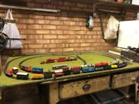 00 Gauge Model Railway Collection. Hornby Triang. Train set